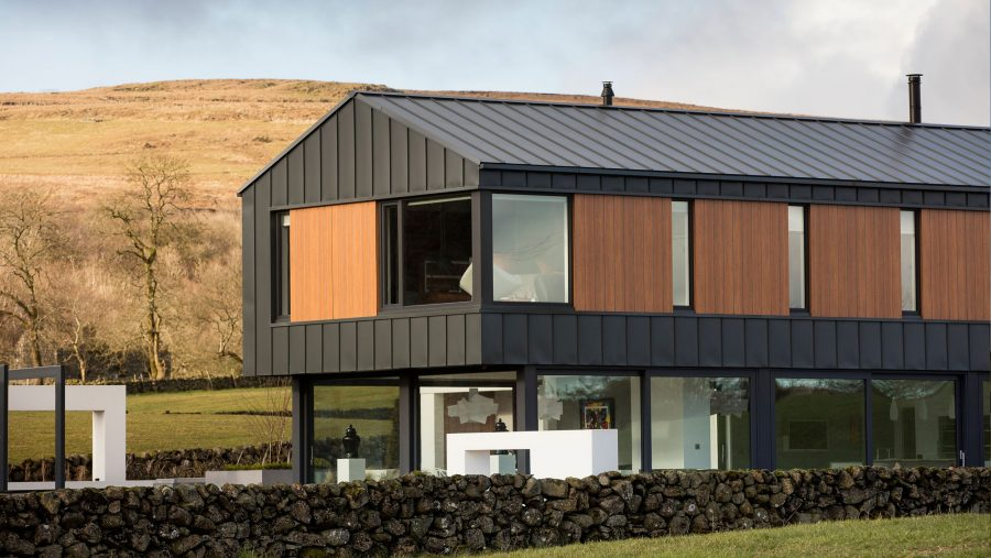 Patrick Bradley Architects Northern Ireland Contemporary Modern Slemish Architecture Barn Verncular Self Build Farm Shed Bespoke Rural Zinc Open Plan Living 1 TNI