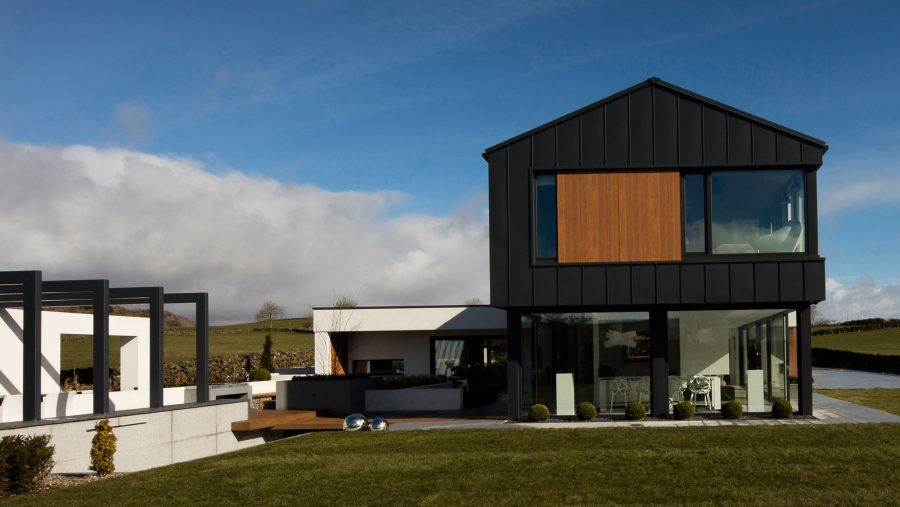 Patrick Bradley Architects Northern Ireland Contemporary Modern Slemish Architecture Barn Verncular Self Build Farm Shed Bespoke Rural Zinc Open Plan Living 3