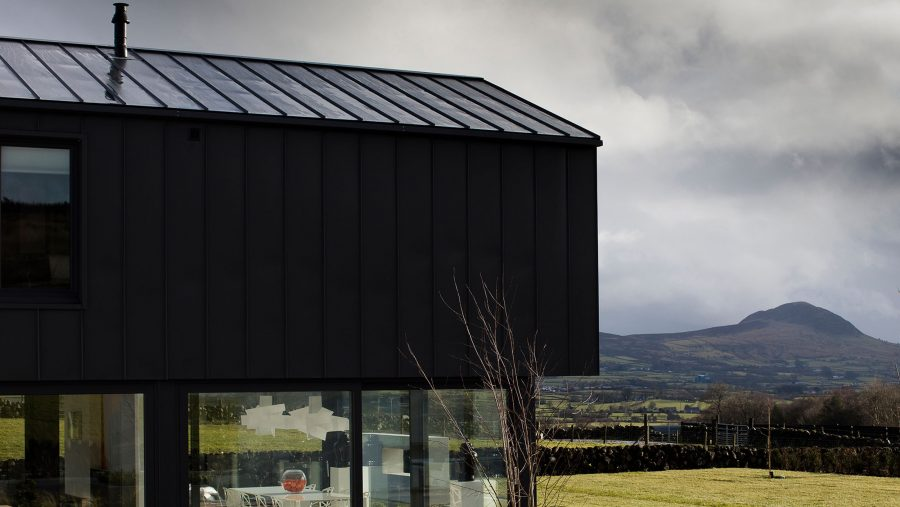 Patrick Bradley Architects Northern Ireland Contemporary Modern Slemish Architecture Barn Verncular Self Build Farm Shed Bespoke Rural Zinc Open Plan Living 4